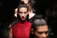 Meltem Ozbek Catwalk in Mercedes-Benz Fashion Week Istanbul Stockfotografie