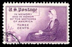 Memória do selo postal dos EUA e em honra do ` s da mãe de América fotografia de stock