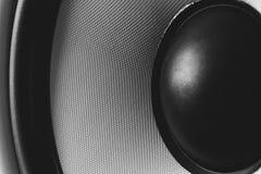 Membrana do Subwoofer ou orador dinâmico do som, fim de alta fidelidade do altifalante acima fotos de stock