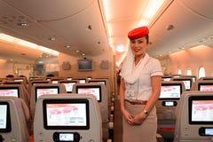 Membre d'équipage d'Airbus A380 d'émirats Photographie stock