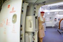 Membre d'équipage d'Airbus A380 d'émirats Images libres de droits