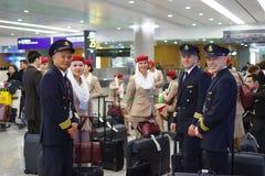 Membres d'équipage d'émirats dans Pudong Photographie stock libre de droits
