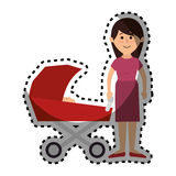 Membres de la famille heureux avec la voiture de bébé Photos stock