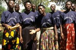 Membres des travailleurs de santé génésique de la Communauté, Ouganda image stock