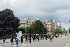 Membri della comunità del ` s Alevi della Turchia che protesta - ragazze con peac Immagini Stock