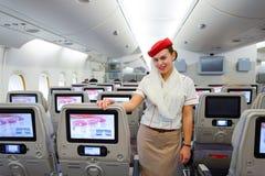 Membro della squadra di Airbus A380 degli emirati Immagine Stock Libera da Diritti