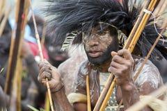 Membro di tribù di Dani al festival annuale della valle di Baliem fotografia stock libera da diritti
