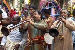 Membros da comunidade hindu local imagem de stock royalty free