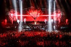 Membros de ARMIN SOMENTE: Mostra intensa com Armin van Buuren na Minsk-arena o 21 de fevereiro de 2014 Fotografia de Stock