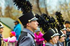 Membros de banda na parada do feriado de Philly Fotografia de Stock