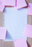 Memo paper on wooden board Stock Images
