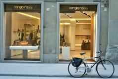 Memoria di modo del pattino di Sergio Rossi in Italia Fotografia Stock