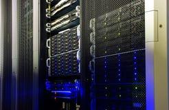 Memoria a dischi del supercomputer nel centro dati Fotografie Stock Libere da Diritti