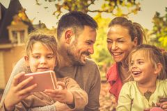 Memoria este momento Familia Estación del otoño imagen de archivo libre de regalías