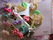 memoria romantica del collage delle rose delle cialde dello smartphone del diario Immagine Stock Libera da Diritti