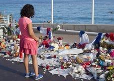 Memoriais temporários ao longo de Promenade des Anglais em agradável Imagem de Stock