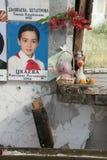 Memorial da escola de Beslan, onde o ataque terrorista estava em 2004 Imagens de Stock Royalty Free
