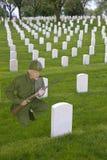 Memorial Day, cementerio del veterano de guerra, ejército Solider imágenes de archivo libres de regalías