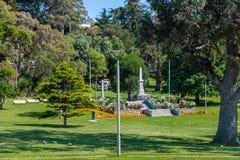 Memorial de guerra na parte em Burnie, Tasmânia, Austrália imagem de stock