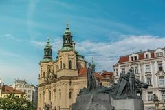 Memorial de Jan Hus no Oldtown Squar, Praga, República Checa fotografia de stock