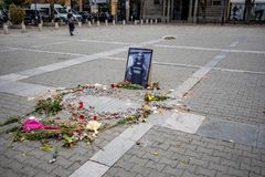 Memorial do journalista fêmea búlgaro assassinado foto de stock royalty free