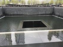 9/11 memorial& x27 ; fontaine de s Image stock