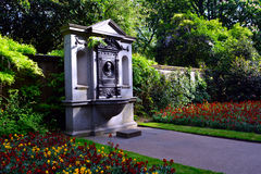 Memorial and the fountain in the garden, Embankment, London, Uk Stock Image