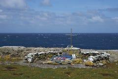 Memorial a HMS Sheffield - Falkland Islands fotos de stock royalty free