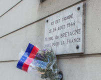 Memorial plaque for a resistance fighter in Paris killed in 1944. Memorial plaque for a Paris citizen killed during the liberation of Paris from the Nazis in stock images
