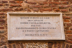 Memorial plaque on wall of the house Juliet in Verona, Italy Stock Photos