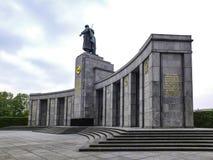 Memorial soviético da guerra em Berlim fotografia de stock