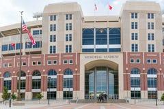 Memorial Stadium sulla città universitaria dell'università di Nebraska Immagine Stock