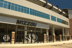 Memorial Stadium - universitet av Missouri, Columbia arkivfoton