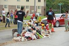 Memorial temporário onde Michael Brown era tiro Imagens de Stock