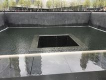 9/11 memorial& x27 ; fontaine de s Image stock