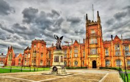 Memoriale di guerra dell'università di Queen's - Belfast immagini stock