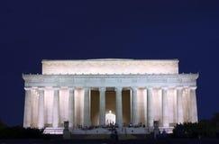 Memoriale di Lincoln alla notte Immagine Stock