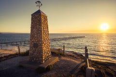 Memoriale di Noarlunga del porto con il molo al tramonto Fotografie Stock Libere da Diritti