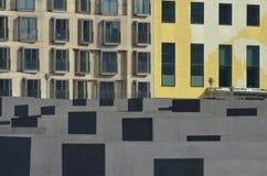 Memoriale di olocausto (Berlino) - una parte della città Fotografie Stock Libere da Diritti