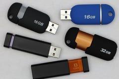 Memorias USB modernas del ordenador Foto de archivo