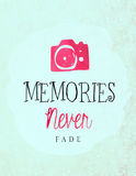 Memories never fade. Close up of a camera and quote about fading memories on vintage paper Stock Photo