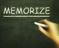 Memorize Kredowych przedstawienia Uczy się informację sercem ilustracji
