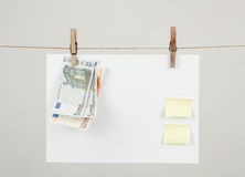 Memory note paper with Euro moneys Royalty Free Stock Photos