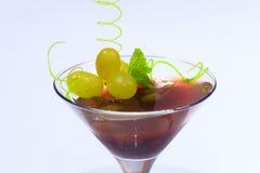 Menú del verano Postre de la jalea con las uvas Imagen de archivo libre de regalías