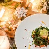 Menú festivo vegetariano del Año Nuevo de la cena Imágenes de archivo libres de regalías