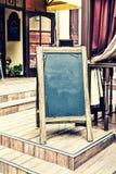 Menú, restaurante, tablero, pizarra, de madera, orden, cena, al aire libre, café, negro, marco, espacio en blanco, imagenes de archivo