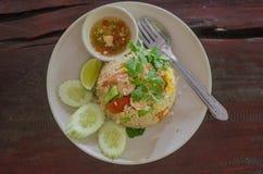 Menú tailandés de la comida del arroz frito del camarón Fotografía de archivo