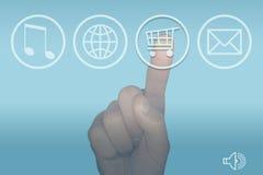 Menú y mano de la pantalla táctil del ordenador del icono de las compras Fotos de archivo libres de regalías