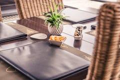 Menü auf Tabellen-Restaurant Stockbild