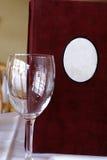 Menü mit Glas Lizenzfreie Stockbilder